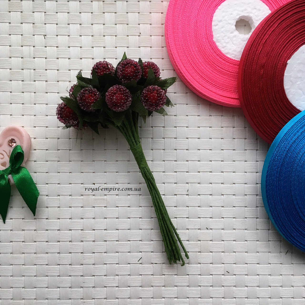 """Пучок квітів """"Туті"""" для віночків, бордовий."""