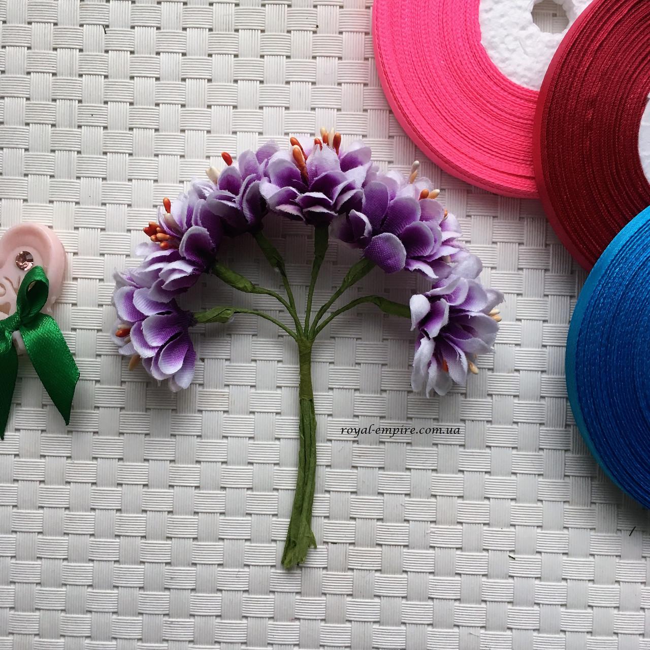 """Пучок квітів """"Гиоргина"""" для віночків."""