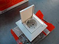 Розетка 1х с заземлением и крышкой VIKO meridian