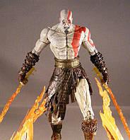 Фигурка NECA Kratos with flaming blades of Athena - Огненные мечи Афины