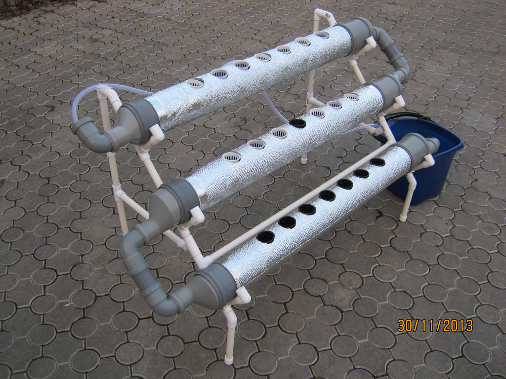 Трубная ситсема гидропоники балконного типа змея 21