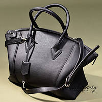 Классическая чёрная кожаная сумка Celine. Стильно и модно. Хорошее качество. Купить в интернете. Код: КГ23