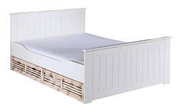 Кровать из массива дерева 072