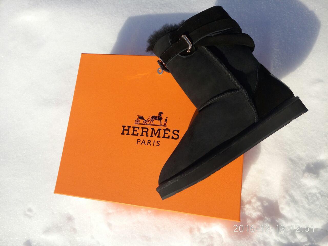 Женские замшевые угги Hermes из овчины