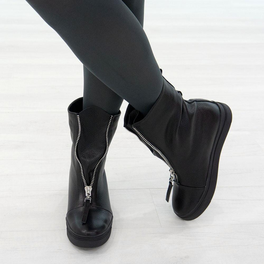 Ботинки из натуральной кожи с мехом черный