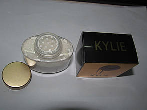 Рассыпчатая пудра Kylie