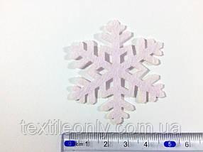 Нашивка сніжинка ніжно рожева 50х43 мм