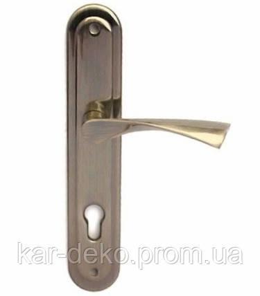 Дверная ручка на планке Trion большая