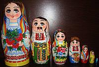 """Матрешка """"Украинская семья"""", 7 мест"""
