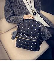 Рюкзак кожаный с заклепками и мишкой (черный)