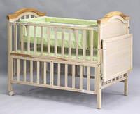 Кроватка Geoby с пеленальным столиком
