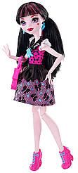 Кукла Monster High Дракулаура Первый день в школе First Day of School Draculaura Doll