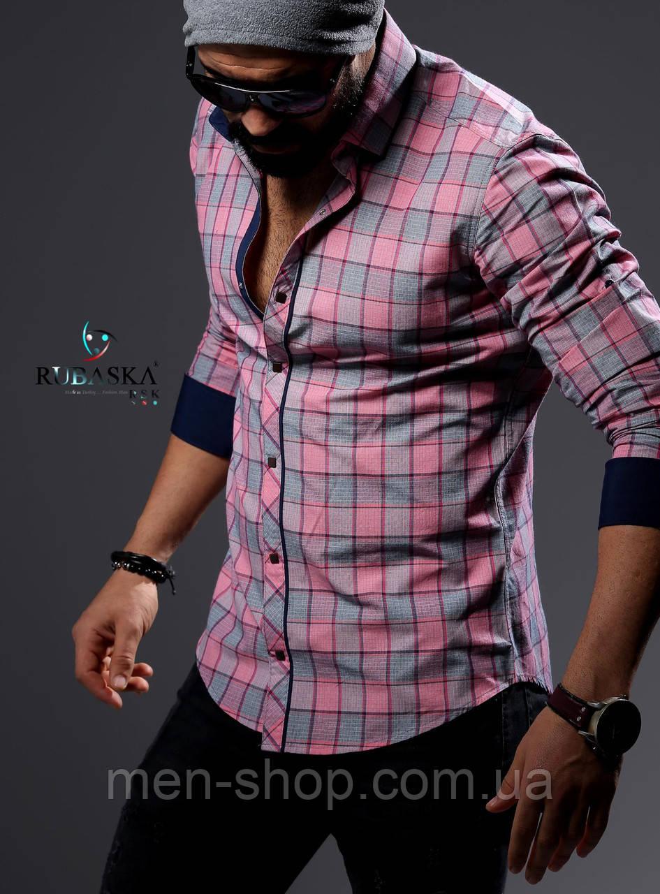 Мужская рубашка розового цвета в клетку
