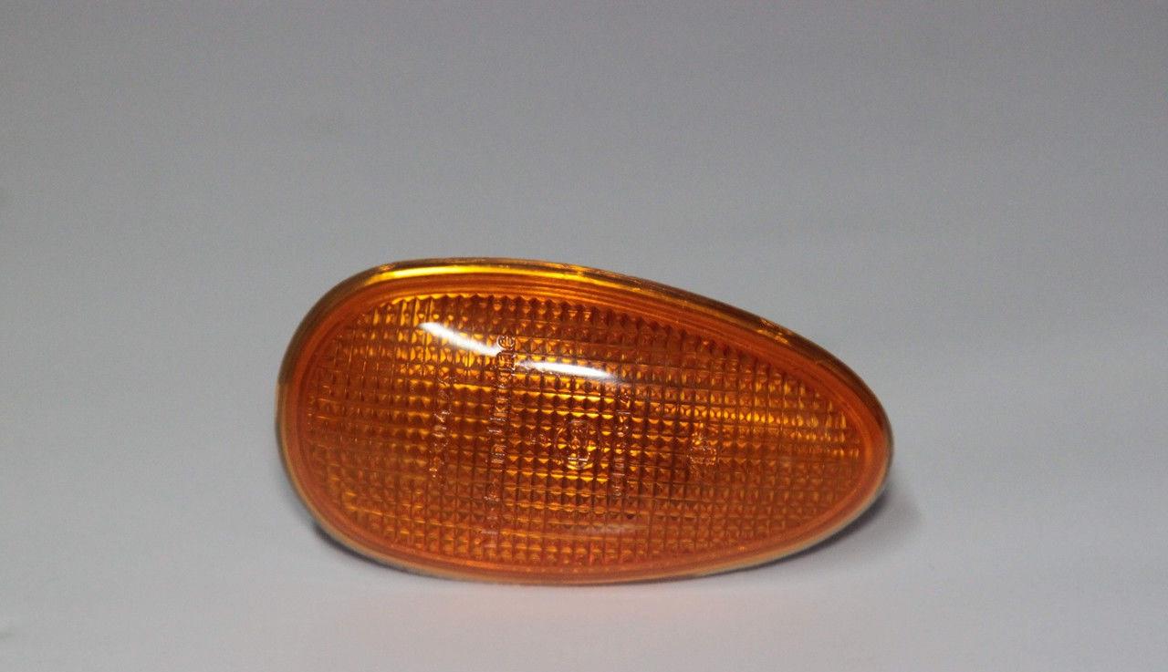 Повторитель поворотов Daewoo Lanos Sens Ланос Сенс желтый (оранжевый)
