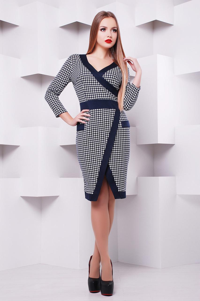 Стильное офисное платье в гусиную лапку