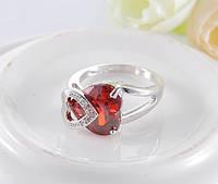 Кольцо рубиновое сердце