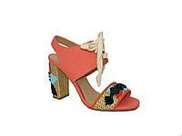 Оригинальные женские босоножки на каблуке Tucino №105-81-63