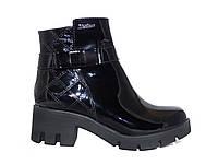 Лаковые женские демисезонные ботинки Сhanel №498