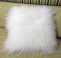 Декоративная белая подушка из меха натуральной перуанской ламы, фото 1