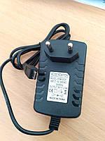 Зарядное, блок питания 5V 2.5A Micro USB