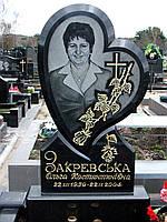 """Памятник из гранита """"Сердце"""""""