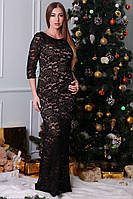 Приталенное женское платье из гипюра черного цвета