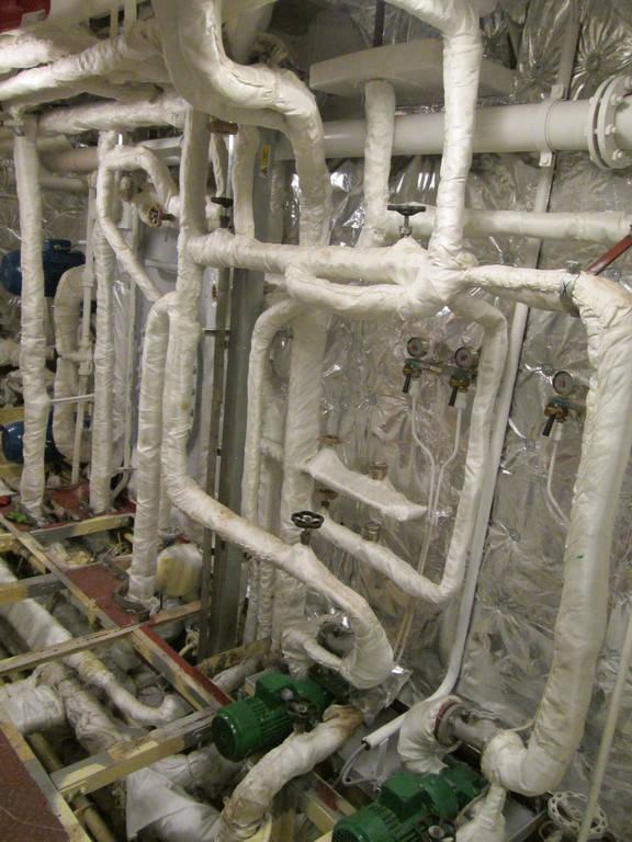 Теплоизоляционные работы корпуса и трубопроводов