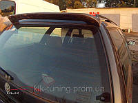 VW Passat B3 Combi. Спойлер на заднюю дверь