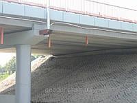Укрепление конуса моста георешеткой ГЕОДОР