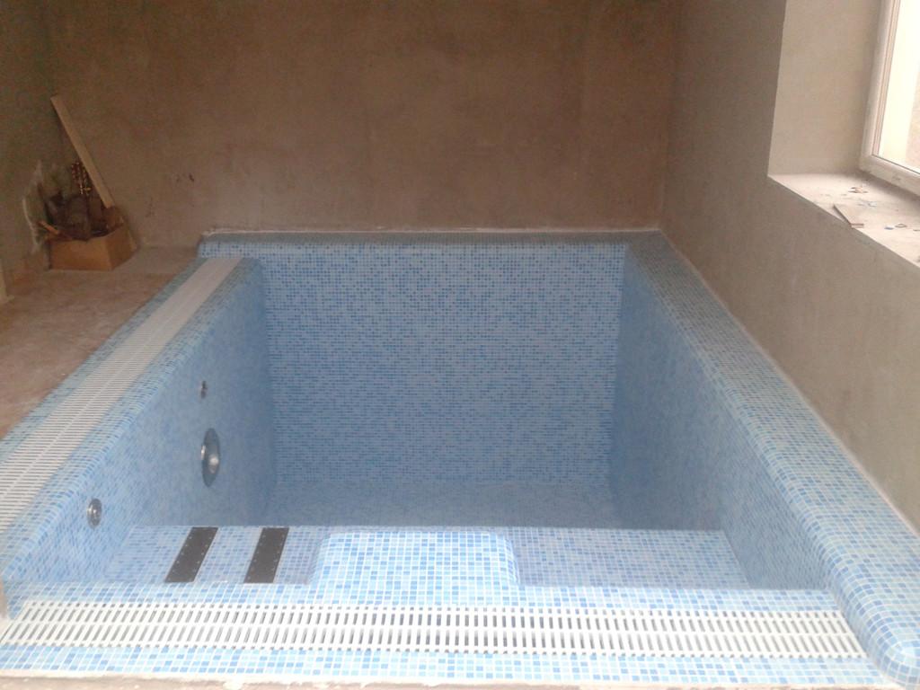 Строительство переливного бассейна (отделочные работы, установка оборудования) 9