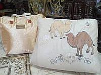 Одеяло двуспальное бежевого цвета на синтепоне