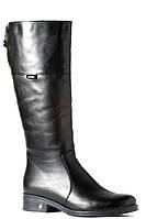 Женские сапоги кожаные на низком каблуке