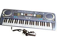 Детский синтезатор MQ 018, 54 клавиши, функция записи, микрофон, FM-радио, USB-порт, 220 V/батарейки
