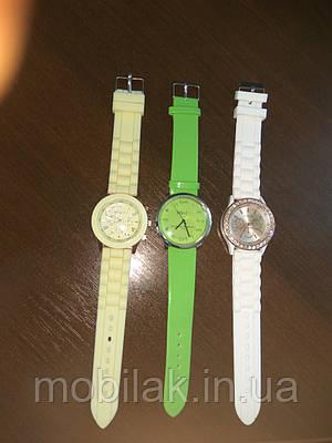 Женские силиконовые часы Geneva