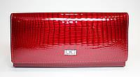 Классический лакированный женский кошелек BALISA красного цвета