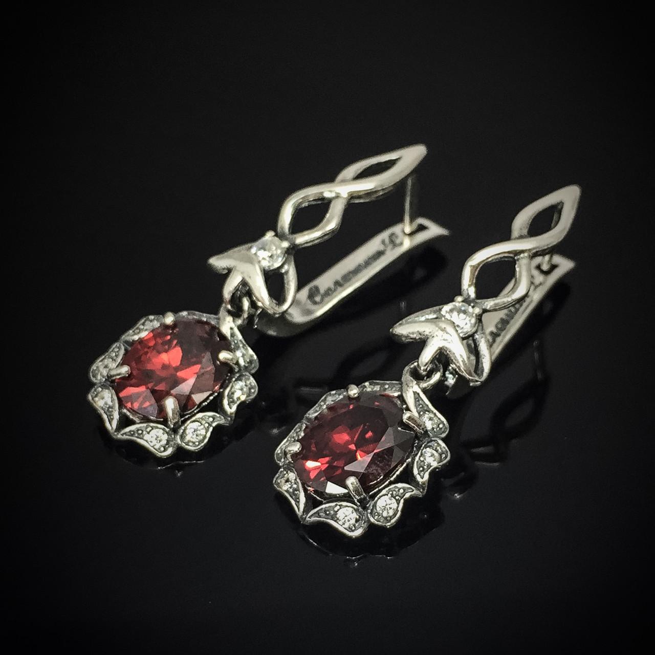 Серебряные серьги-подвески с цветными фианитами, 20 камней