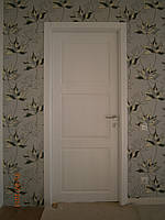 Дерев'яні міжкімнатні двері з ясеня