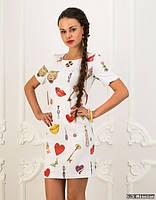 Белое платье-туника с принтом, размера 42-44-46.