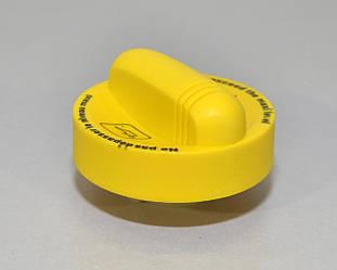 Кришка маслозаливної горловини на Renault Trafic II 2001->2006 від 1.9 dCi - Renault БЕЗ УПАКОВКИ - 8200800258J