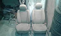 Сидения передние -    Hyundai Tucson 2.0 2006 -2008 автозапчасти б/у