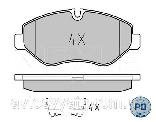 Колодки тормозные (передние) MB Sprinter (906) /Vito (639) Brembo
