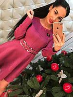 Женское платье сиреневого цвета
