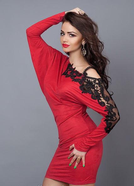 Изумительно красивое оригинального покроя платье-туника