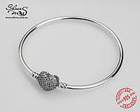Серебряный жесткий браслет Пандора (Pandora) с гравировкой
