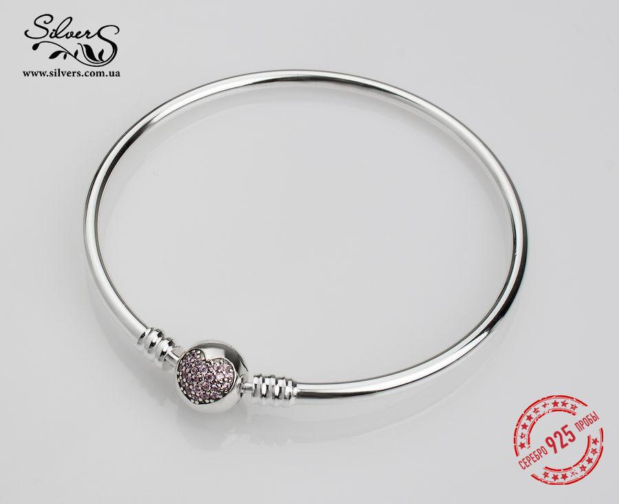 Серебряный жесткий браслет Пандора Розовое сердце -
