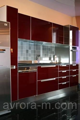Кухня под заказ, фасады из стекла