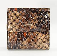 Маленький женский кожаный кошелек Desisan 067-113 коричневый лаковый, расцветки