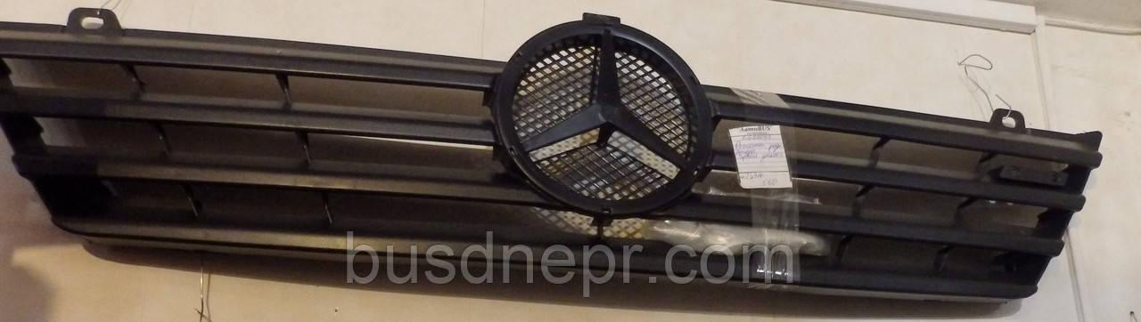 Решітка радіатора MB Sprinter CDI 00-03 пр-во BEGEL Germany BG88043