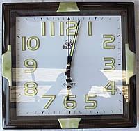Часы настенные с фосфорной подсветкой 106