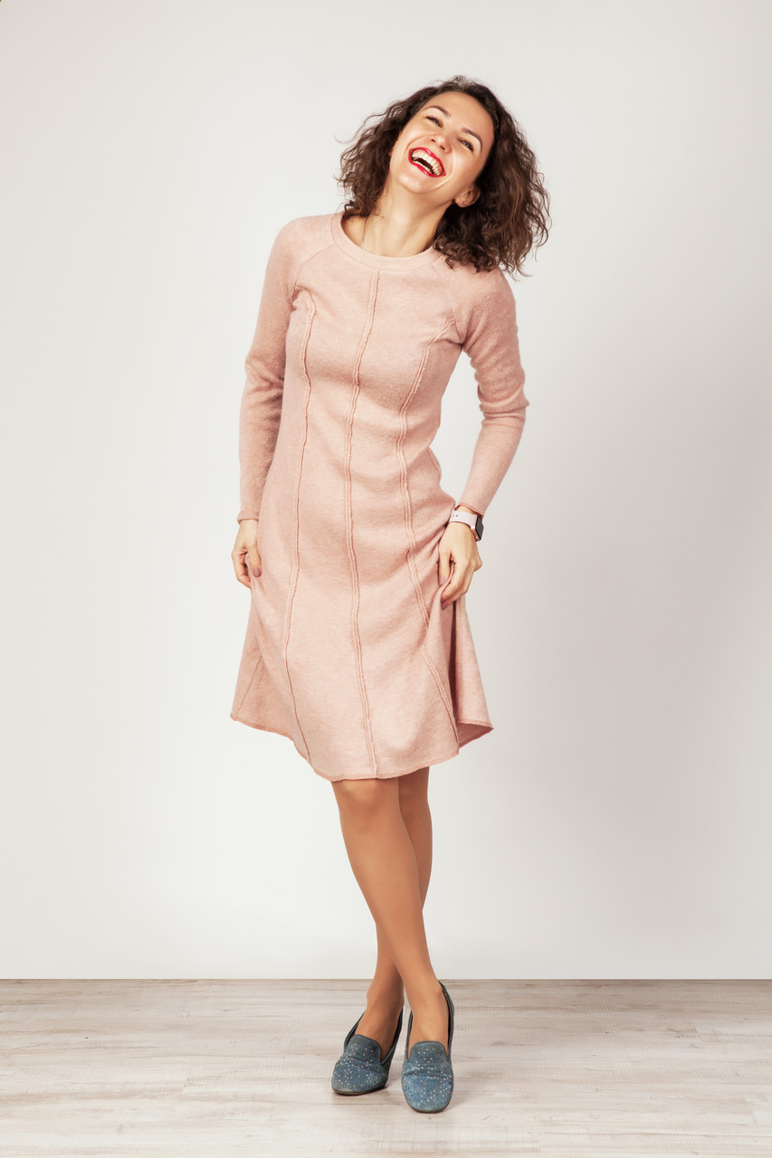 Платье из ангоры цвет пудра